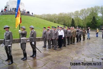 День победы в Трептов парке