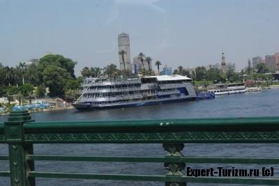 Ресторан на воде, Каир