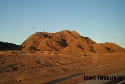 Каменные пустыни Египта
