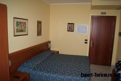 Номер в Hotel Venini, Милан Италия