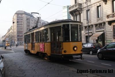 Трамваи в Милане, грохочут около отеля