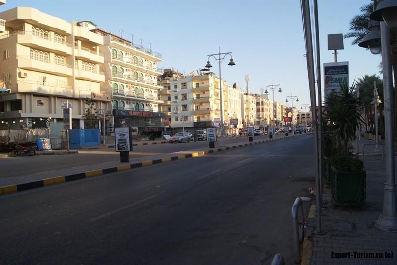 Хургада 2016, апрель, утро, улица Шератон