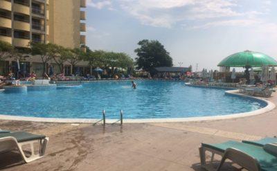 Бассейн у Hotel Slavyanski, Sunny Beach