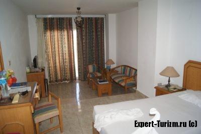 Улучшенный номер де люкс в главном корпусе Minamark Beach Resort 4