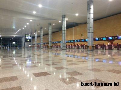 Стойки регистрации, Аэропорт Хургада, новый Терминал 1
