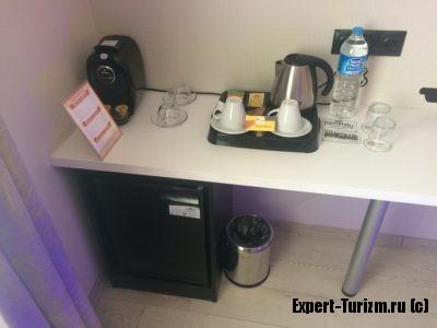 Отель Tempo Fair Suites, Чай и кофе бесплатно, есть минибар, платный