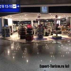 Магазин беспошлинной торговли аэропорта Афин